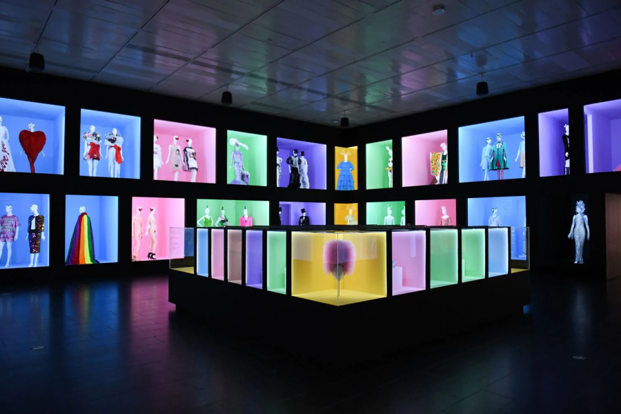 """""""Camp: Notes on Fashion"""", an Exhibit at the Metropolitan Museum of Art"""